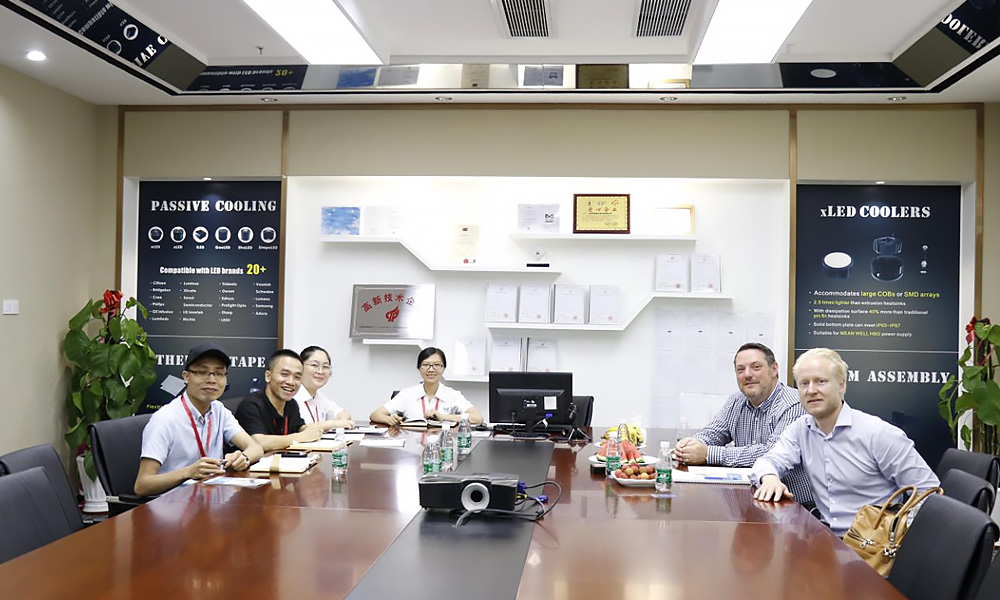 Mingfa Tech-Welcome European Distributors To Visit Mingfa Optoelectronics-2